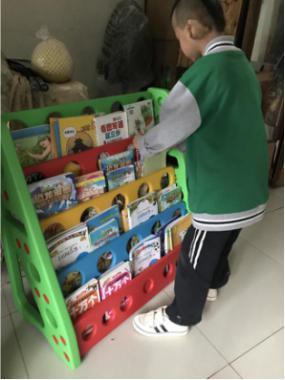独耳男孩一期术后返家上学 多名爱心人士捐款捐物