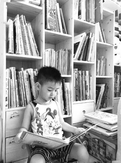 """给三岁娃买绘本两年花了两万多 家长陷入""""选择恐惧"""""""