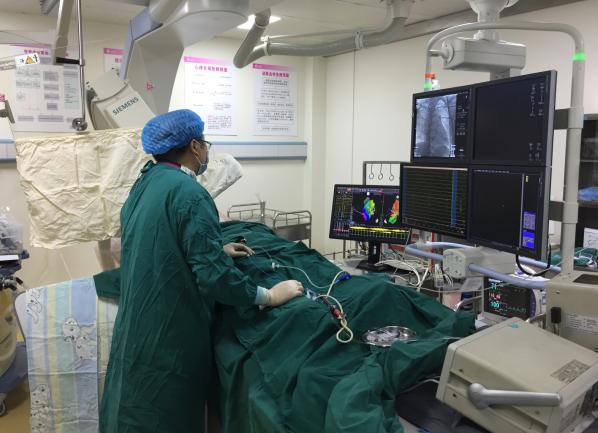 重医儿童医院首次在三维标测系统导航下成功完成西部首例儿童室性早搏射频消融术