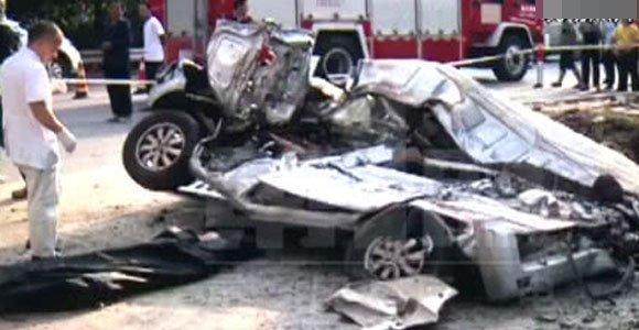 重庆一司机刚新婚三个月 等红灯时不幸丧命