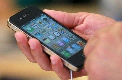 """手机""""三包""""惹争议 换货后要不要重新算"""