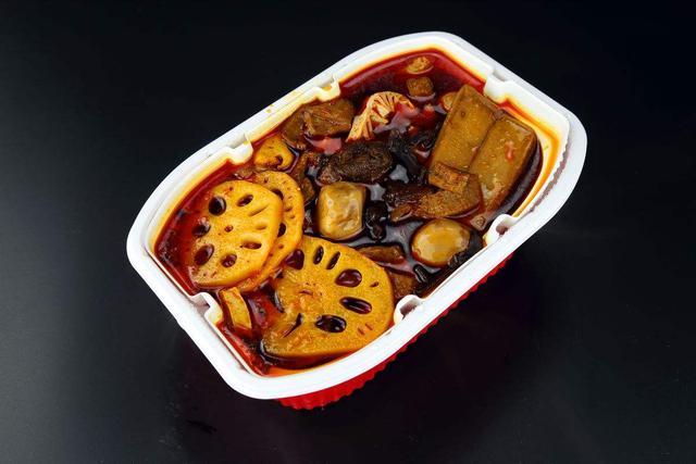 """方便火锅走红 口味和就餐感受成""""槽点"""""""