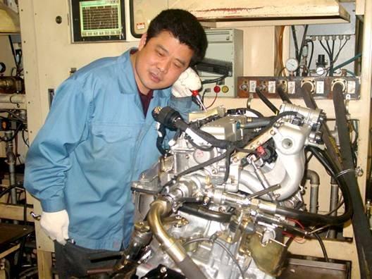 """发动机""""医生""""张永忠 把关长安汽车质量"""