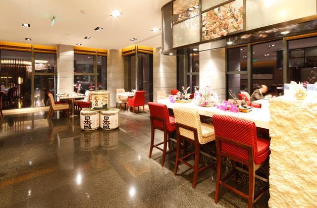 重庆丽笙世嘉酒店邀您挑战0元吃牛排