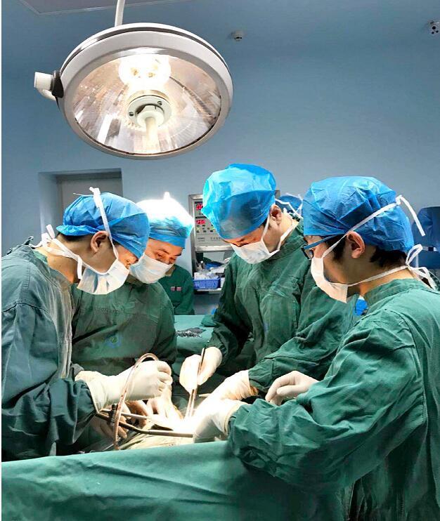 陆军军医大新桥医院专家蹲点帮扶到贵州德江