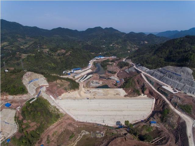 观景口水利枢纽工程如期填筑至度汛高程