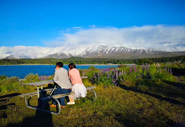 新婚夫妇新西兰自驾9日游 体验高空跳山打卡皇后镇