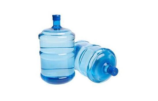 桶装水开封三天,细菌含量远超过自来水?
