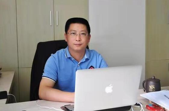 腾讯大渝网第八届医者仁心评选重庆名医评委:张采兵