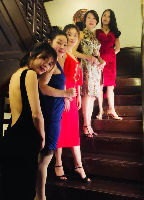 重庆探戈舞者的年度盛典:在立春日的下午享受醉人探戈