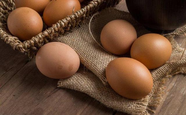 裂纹时间长的鸡蛋不能吃