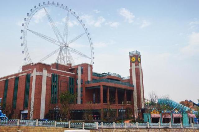 重庆新增两条特需公交至欢乐谷 车票最低仅5元/人
