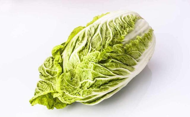 惊呆了 北方人一次买百斤白菜囤着过冬