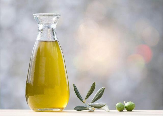 铜叶绿素是食用色素,但不能添加于食用油