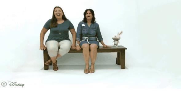 迪士尼新技术:从神奇的长凳到会说话的灯