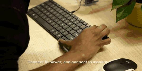 一个键盘里塞下一台电脑 这键盘还能用吗?