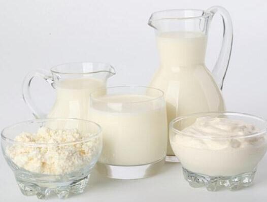 牛奶、酸奶、奶粉有啥不同