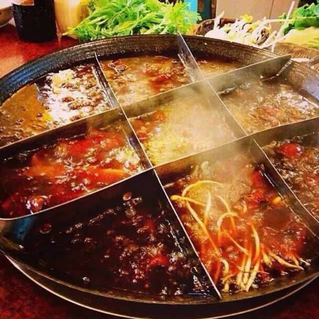 哈萨克斯坦冷饮火锅_应先去掉大部分浮油再放蔬菜;吃火锅时不吃任何冷饮和冷食,避免喝酒