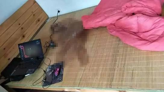 小伙连打4天游戏尿失禁 妈妈:10年来和网游争孩子