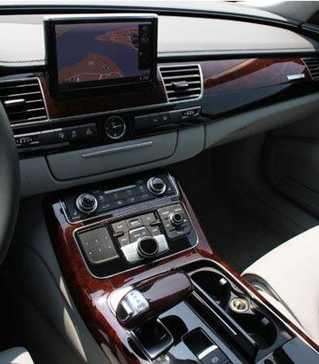 洗心革面 最运动的行政级豪车诞生 大渝汽车试驾全新A8L 3.0T