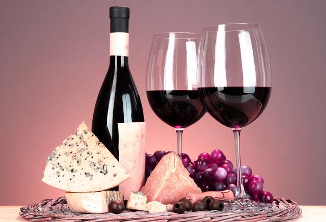 国家食药监总局提醒:葡萄酒酒体现浑浊或絮状物 则不宜选购