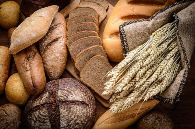 全麦面包、全麦挂面受追捧 营养高但需适量