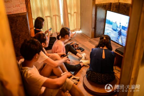 """重庆创客打造概念""""约吧"""" 青年聚会娱乐添新去处"""