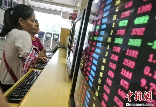 """沪指""""十连涨""""创近22个月纪录 区块链板块再涨停"""