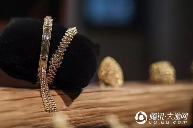 """重庆有一间""""哆啦A梦""""客厅:藏有8000件法宝 撩动了无数女人的心"""