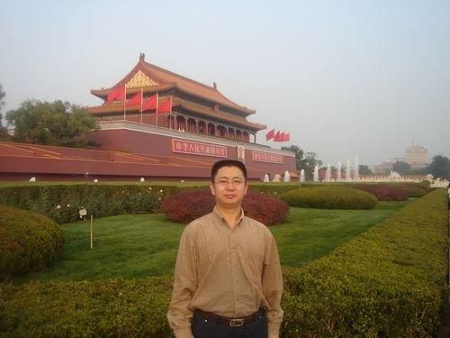 专访重庆居泰隆家居总经理何柳苇