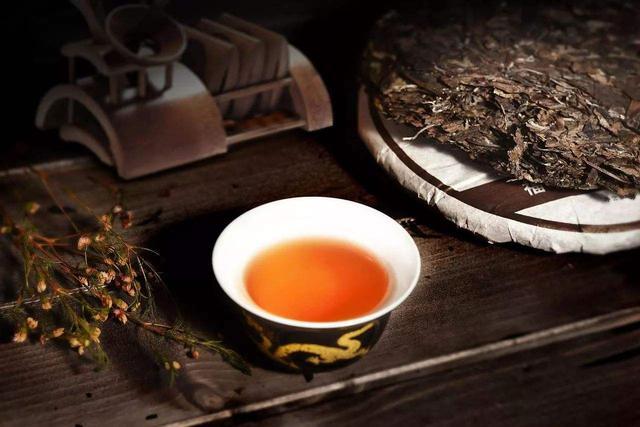 口渴只喝茶叶水,一个月后身材有何变革?