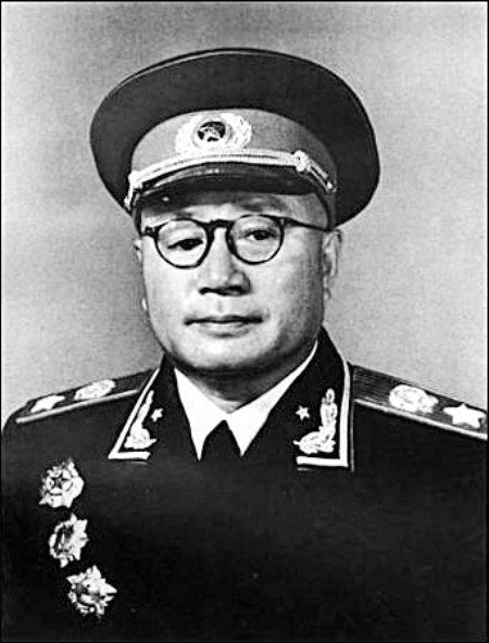 刘邓大军解放重庆 一份公告抵10万雄兵(图)