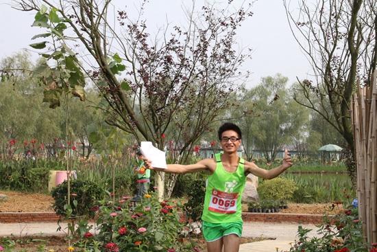 重庆歌乐山国际慢城定向越野赛 百人探秘嗨翻天