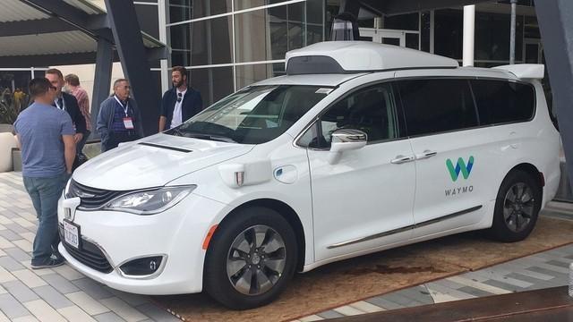 谷歌无人驾驶汽车已获加州批 允许上路