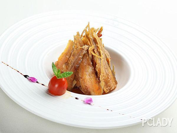 带鱼的做法大全 酒酿香酥竹签烤带鱼