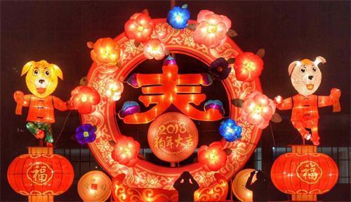 """江南新区灯饰""""闪亮""""登场 市民朋友记得去看"""