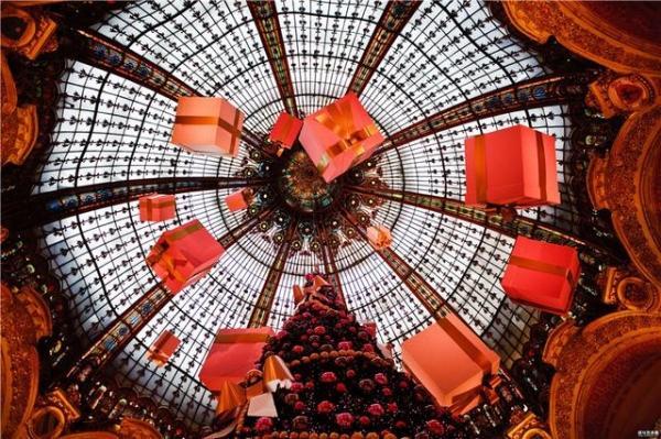 观光OR购物?中国游客出境购物账单惊人