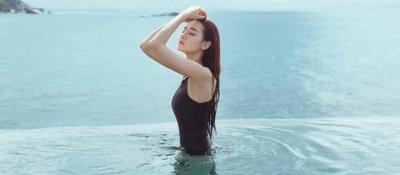 迪丽热巴泳衣照正式上线 每一个画面都美到令人窒息