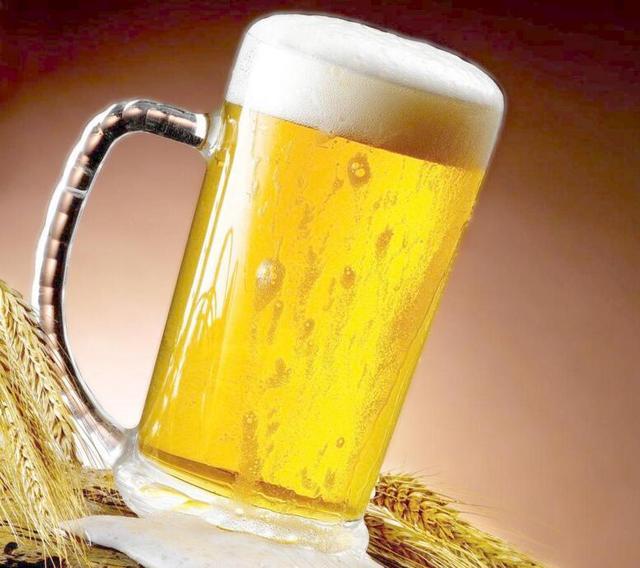 中国啤酒行业回暖趋势明显 下半年将进入新硬战
