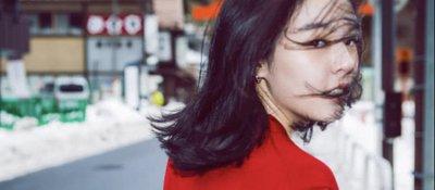 李咏女儿16岁了 花季少女越来越漂亮了