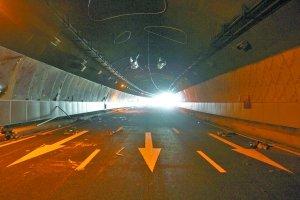 南坪下穿车行隧道9月1日通车 很漂亮 很新潮
