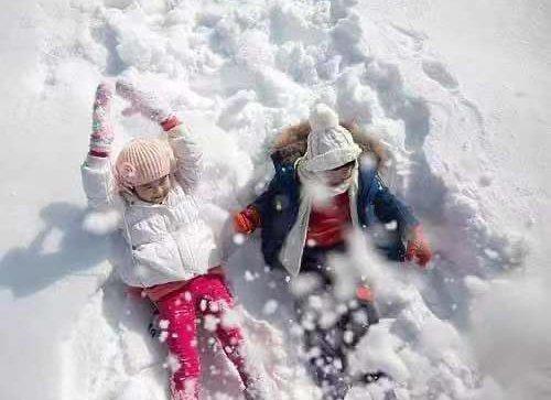 下雪了!春节就在家门口雪地里打滚