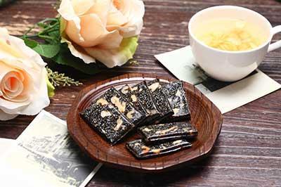 阿胶枣、龟苓膏、薄荷糖……中药零食千万别多吃!