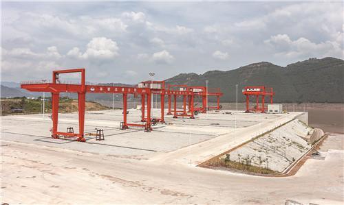 丰都水天坪码头主题工程完工
