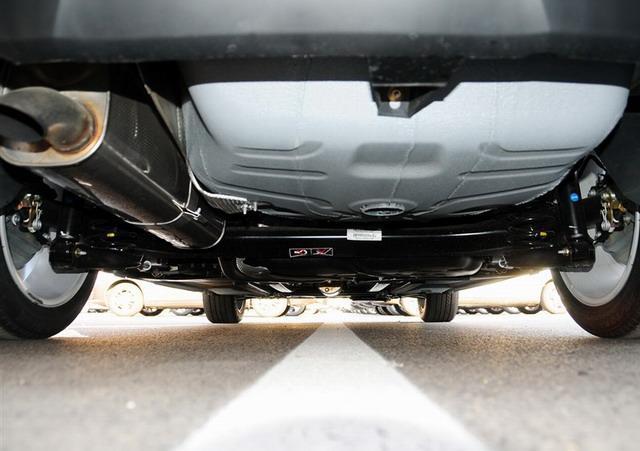 铁龙C4L采用扭力梁式后悬挂带横向稳定杆-高品质1.6T家轿大比拼