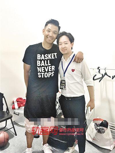 重庆33岁发型师入行16年 为多位明星做过发型