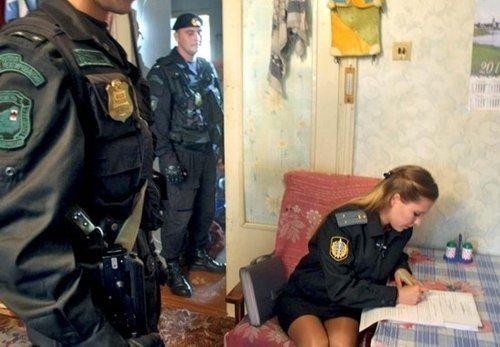 、紧急情况部、特种部队、海陆空三军中均有大量女性军人女性警察图片