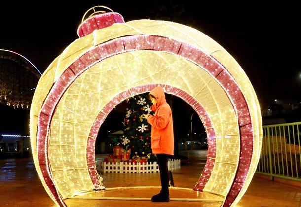 主城赏雪 59元抢欢乐谷圣诞门票 K歌赢千元现金