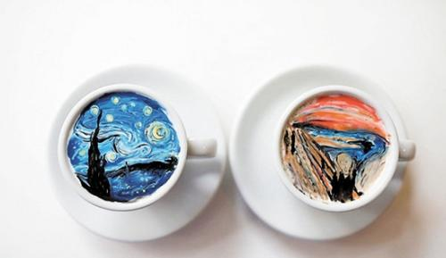 创意无限:韩国男子在咖啡上临摹经典名画