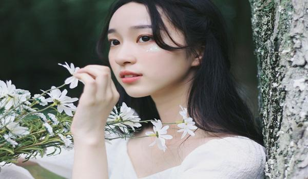 组图:中传18级新生美似林间仙子
